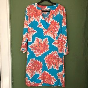 Crown & Ivy Coral Reef Shift Dress Size 6